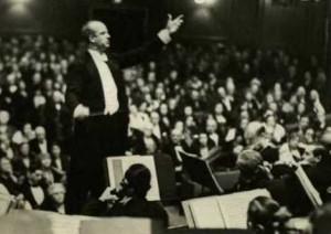 Wilhelm-Furtwangler-1925-Carnegie-Hall-300x212