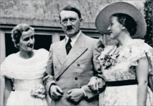 MVRW WAGNER Friedelind avec Hitler